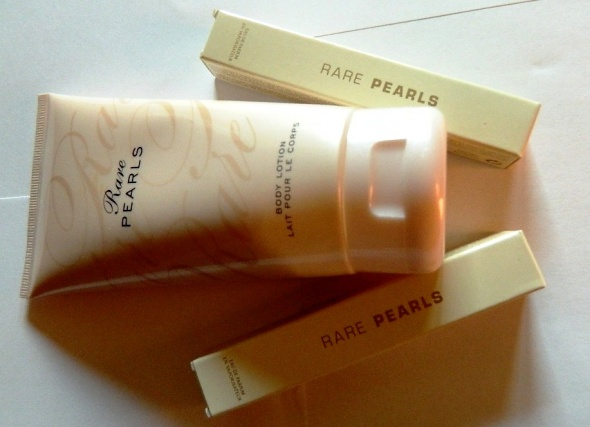 Rare Pearls zestaw perfumowany Avon...
