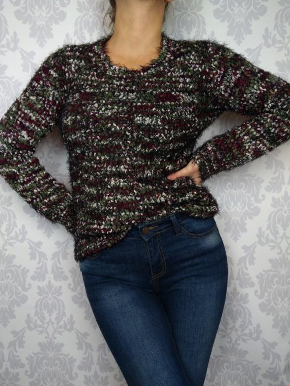 Ciepły mięciutki gruby sweter Select