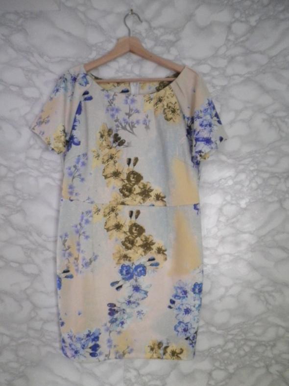 Body Flirt nowa ołówkowa sukienka w kwiaty floral jak pianka 42 XL