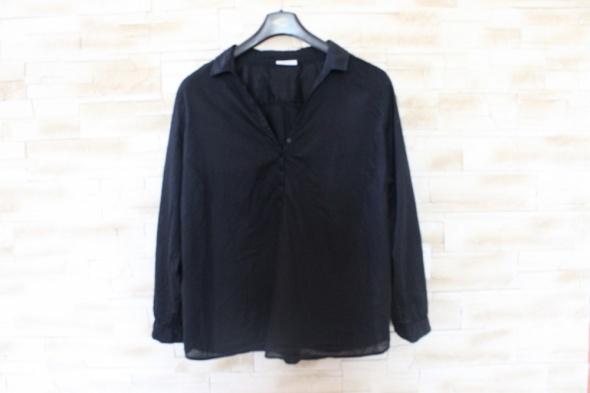 czarna koszula...