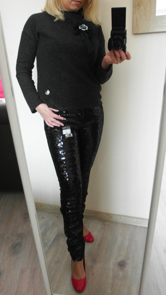 Cekinowe spodnie fisbone