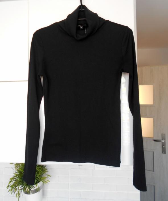 New Look nowy czarny golf sweterek minimalizm klasyka prążkowan...