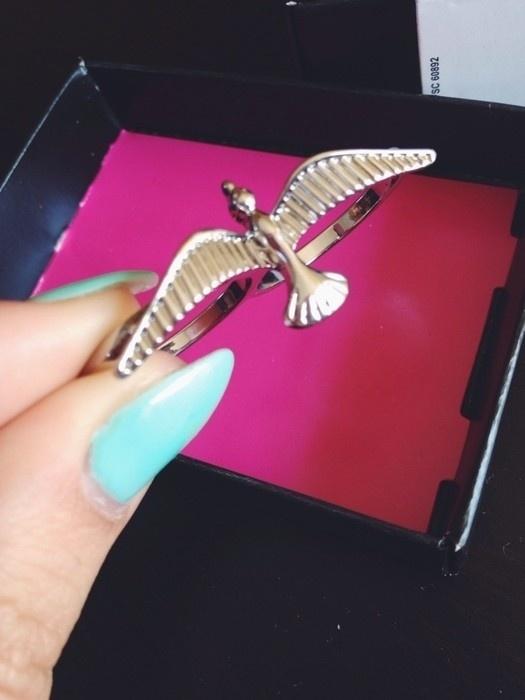 3 RZECZ GRATIS srebrny pierścionek ptak na dwa palce Avon...
