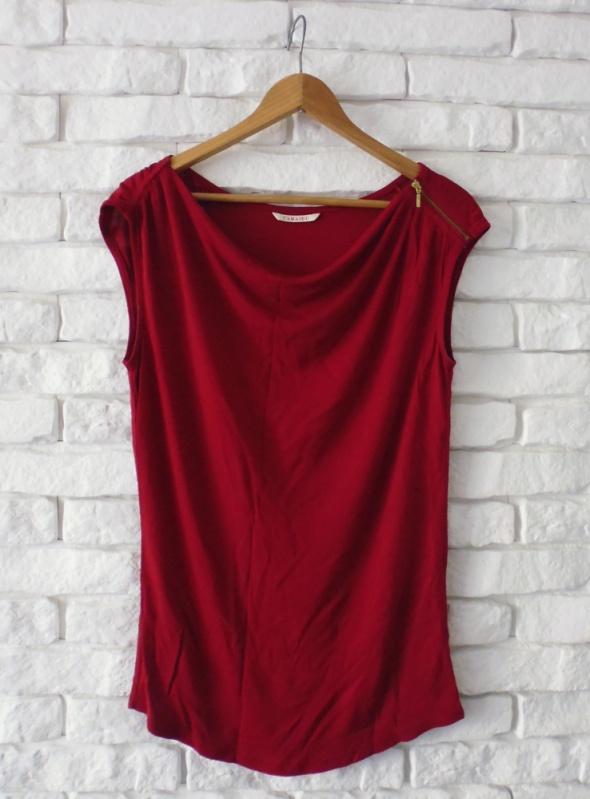 czerwona bluzeczka lejąca zip Camaieu...
