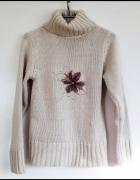 Golf sweter z kwiatkiem sweterek wełniany ciepły beżowy XS S M ...