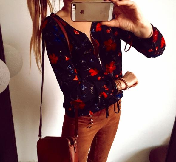Bluzka Damska w kwiatki S M