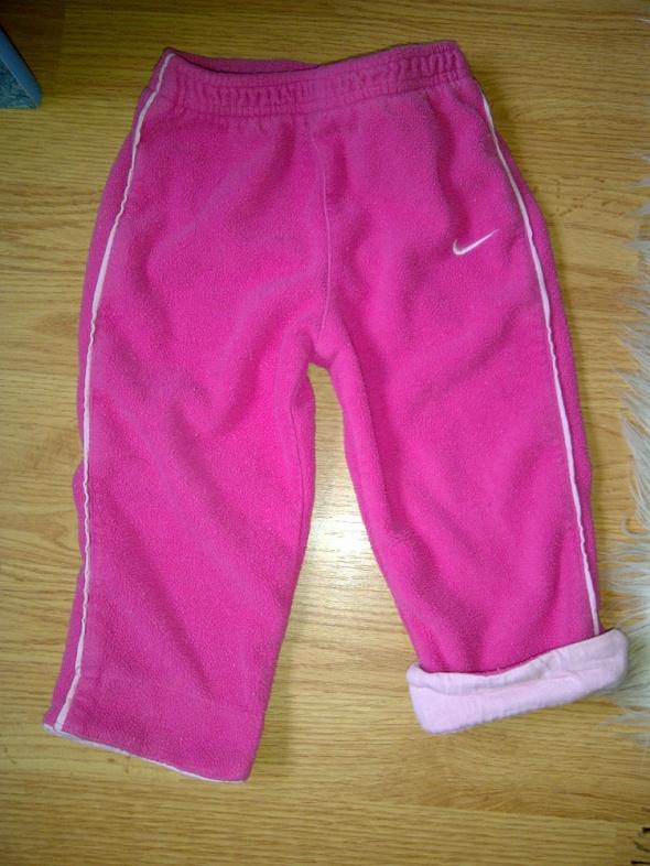 Spodenki polarkowe Nike r 18 24 miesiace...