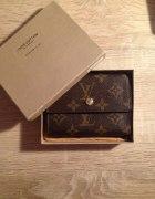 LV Louis mały portfel z metką pokrowcem monogram...