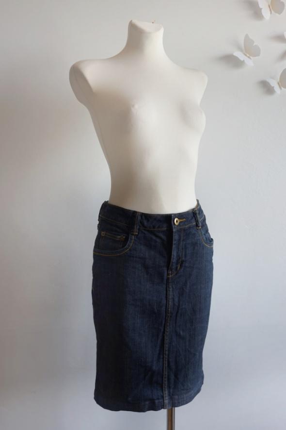 Klasyczna jeansowa spódnica midi przed kolano S