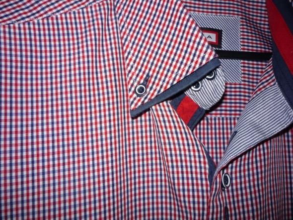 koszula w kratkę czerwoną męska