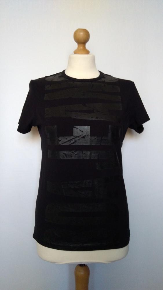 Czarna bluzka z nadrukiem BDA