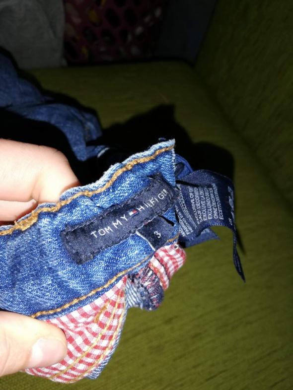 Spodnie i spodenki Spodnie Tommy Hilfiger
