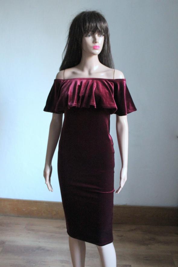 Bordowa welurowa sukienka hiszpanka r S