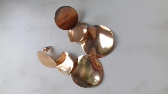 kaskadowe kolczyki
