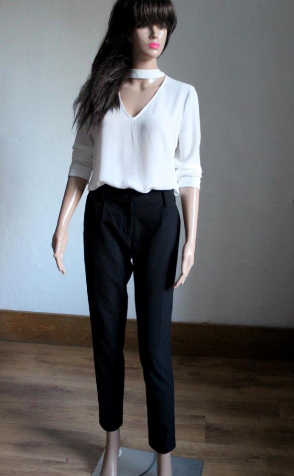 Czarne eleganckie proste spodnie r S...