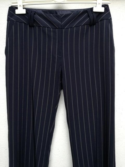 spodnie w prążki...