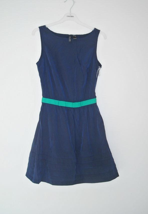 granatowa sukienka mango xs...
