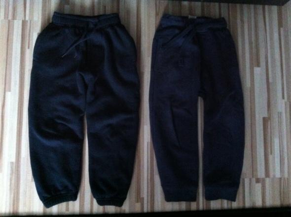Spodnie i spodenki 2 pary NEXT ściągacze ze ściągaczami dresy 98 104