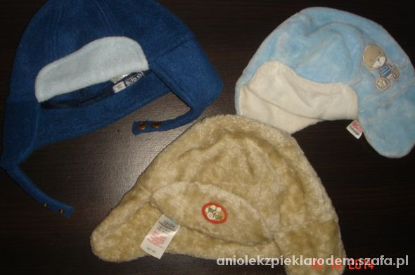 3 firmowe czapki pilotki