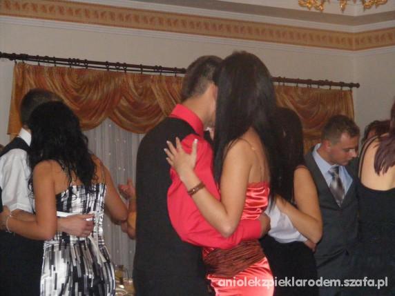 Suknie i sukienki satynowa czerwona ołówkowa S 36