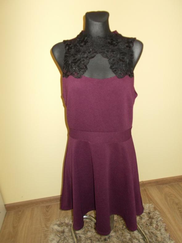Sukienka wstawka koronka New Look 44...