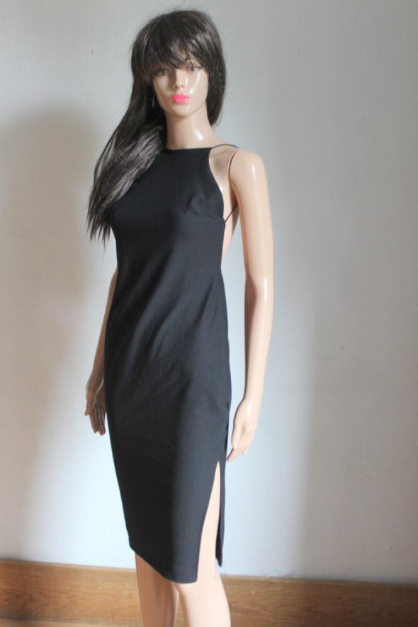 Piękna dopasowana sukienka halter gołe plecy r S...