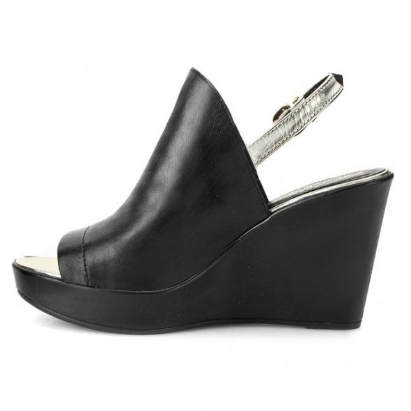 Sandały Skóra 100 procent Carini...