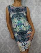 Ołówkowa dopasowana mini krótka sukienka w kwiaty New Look