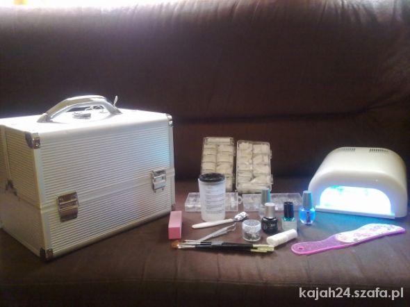 Kuferek kosmetyczny maxi zgrabny