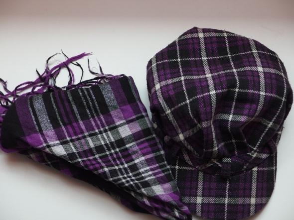 Fioletowy komplet szalik czapka czapeczka daszek