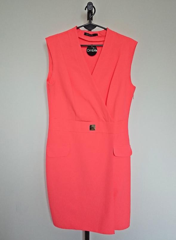 neonowa pomarańczowa kopertowa sukienka plus size