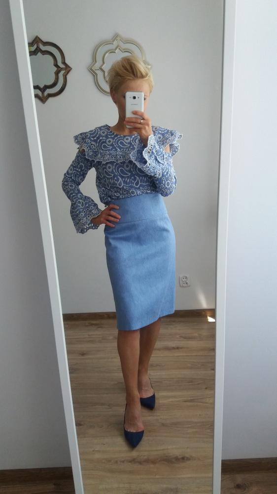 Błękitna żakardowa spódnica z podszewką