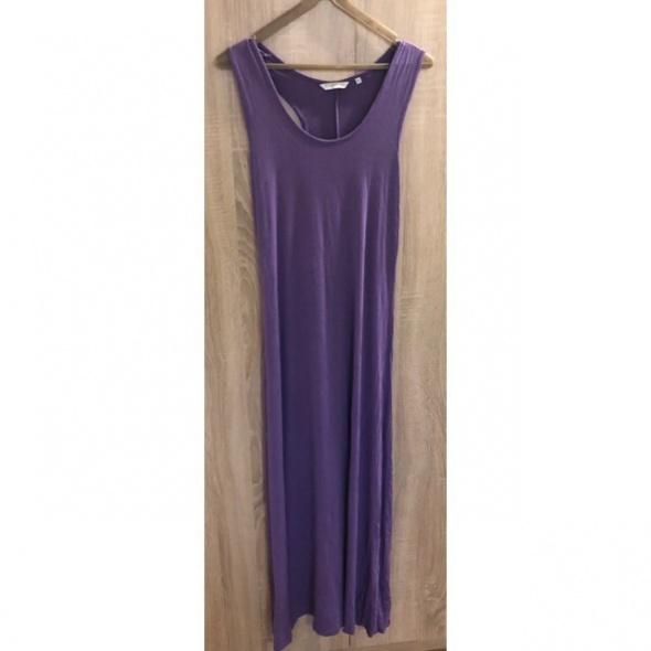 Długa sukienka fioletowa...