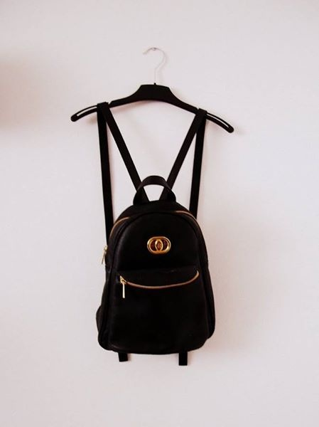 Skórzany czarny plecak Vintage A5...