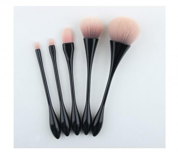 Nowe pędzle do makijaży zestaw komplet miękkie różowe czarne rączki
