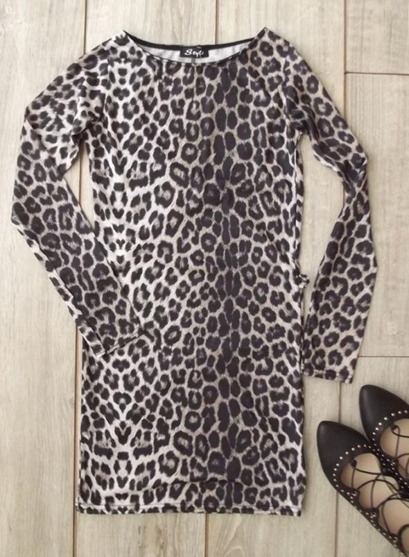 Suknie i sukienki sukienka tunika w panterkę 36 38 dopasowana hit