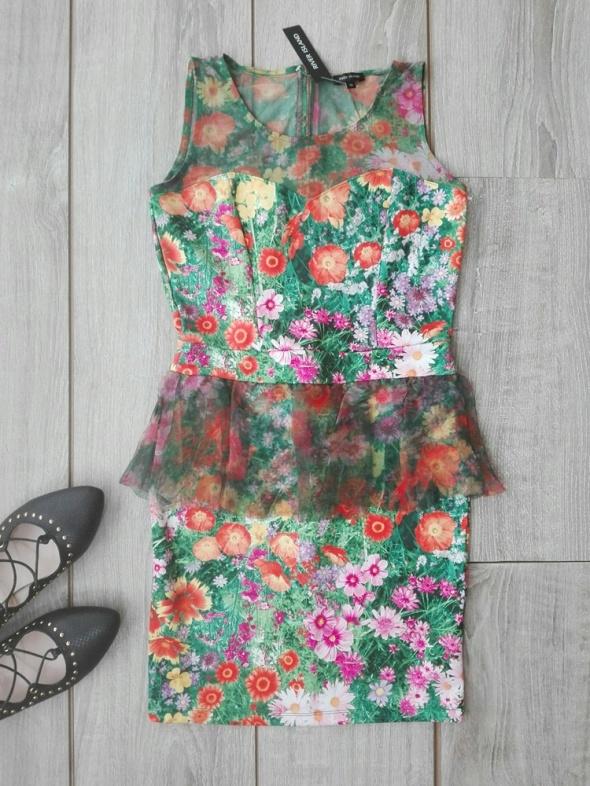 river island sukienka w kwiaty tiul lato baskinka...