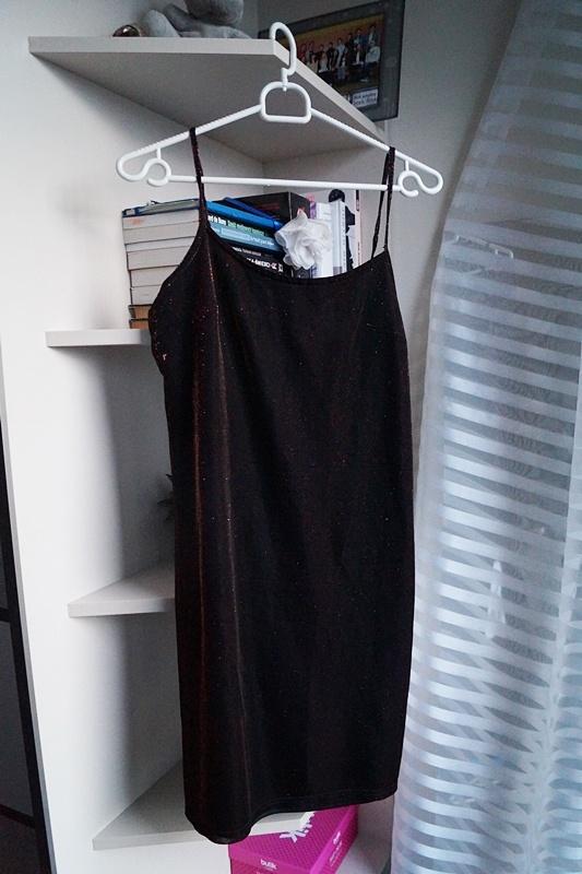 Połyskująca sukienka Hennes M...