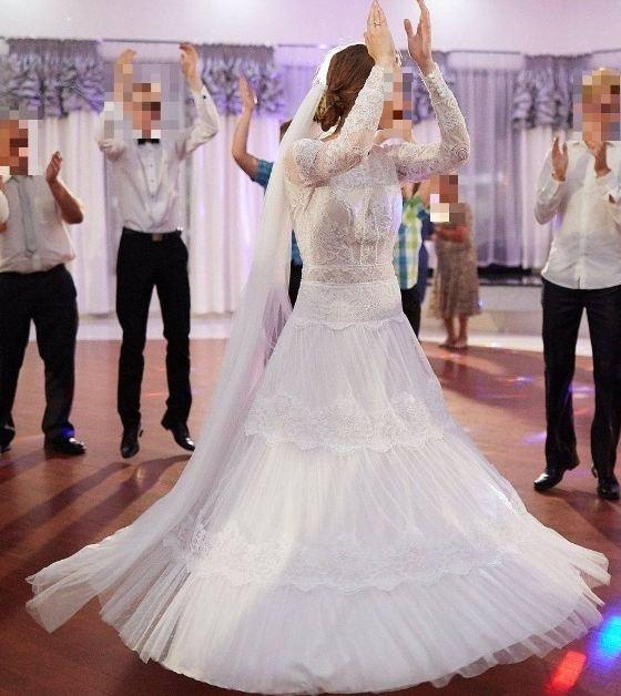 Suknia ślubna Boho Koronka Flock Tiul Odkryte Plecy Długi Rękaw W