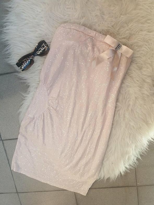 sukienka mini tuba beżowa cyrkonie ćwieki kokarda uniwersalny Zara