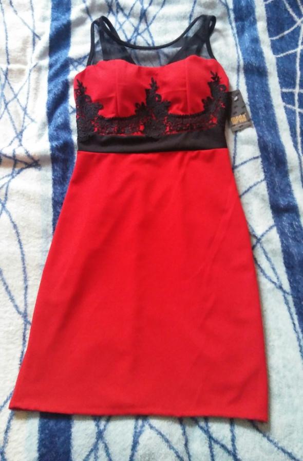 Sexi czerwona sukienka