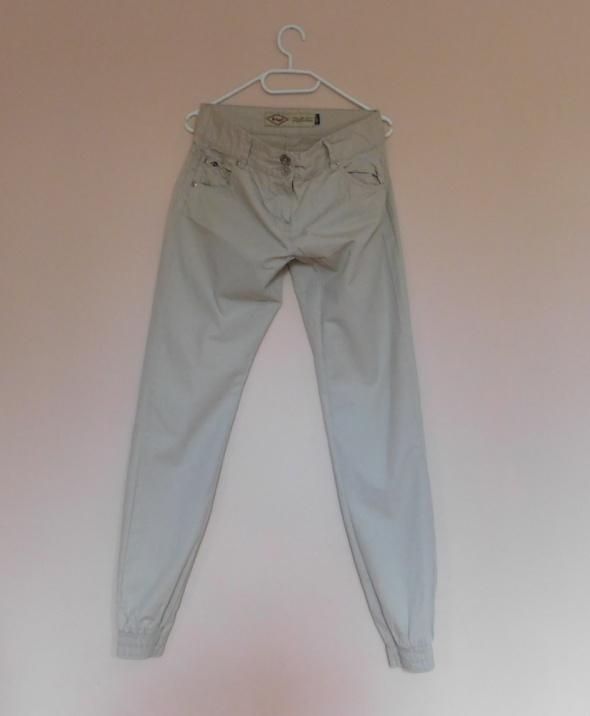 Lee Cooper spodnie beż 36