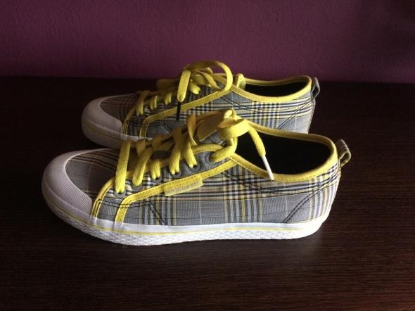 Trampki Adidas krata żółte sznurówki nowe...