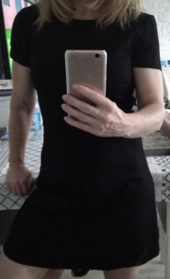 Czarna sukienka sinsay XS