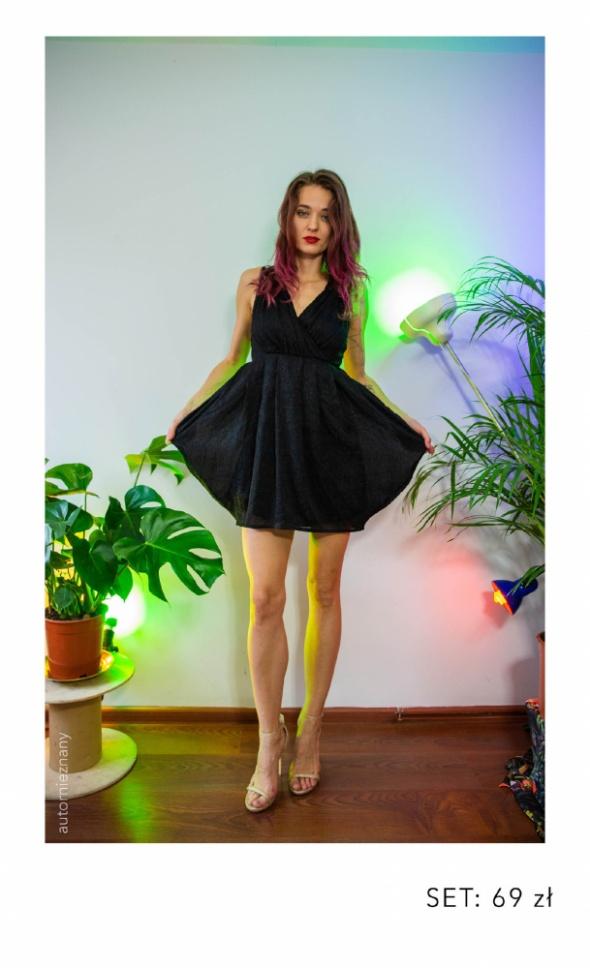 cc55203d30 Piękna sukienka bombka z koronkowym tyłem w Suknie i sukienki - Szafa.pl