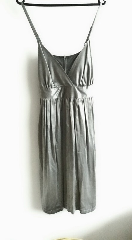 srebrna Sukienka satynowa odcinana pod biustem L...