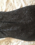Czarna cekinowa sukienka Reserved