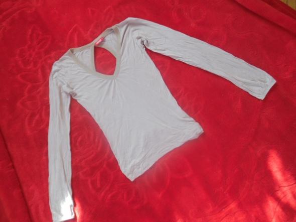 Bluzka z wyciętymi plecami XS...