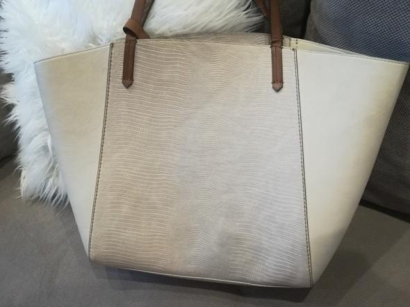 Kremowa torba shopper zara