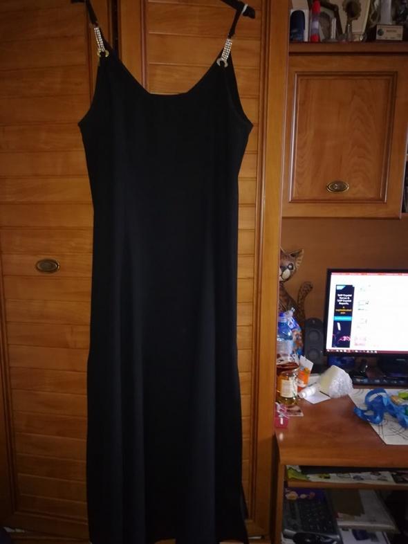 Śliczna wieczorowa maxi sukienka 42